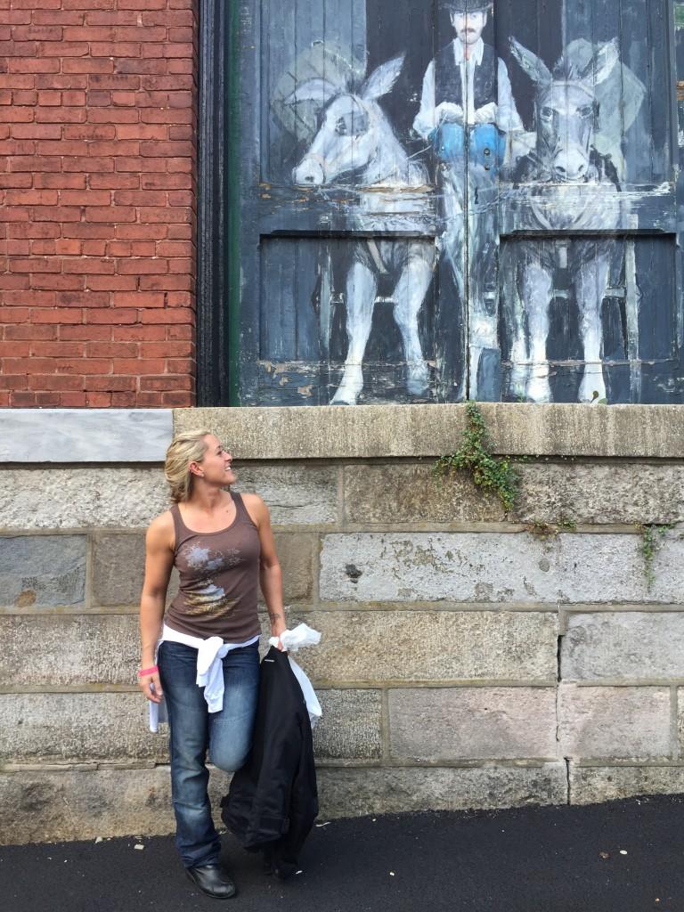 Kristen next to 2 different asses